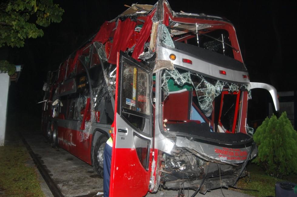Bus yang menyebabkan dua penumpangmaut.