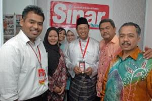 Datuk Tiger, sebelum nie kenal dalam blog, semalam dia melawat SH ngan boss dia, Sabbery Chek.