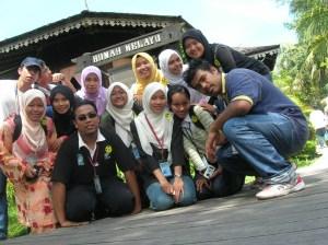 Ketika melawat Kampung Budaya.
