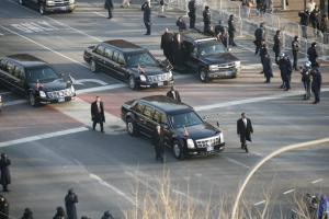 Obama_Cadillac_limousine_in_2009_inaugural_parade